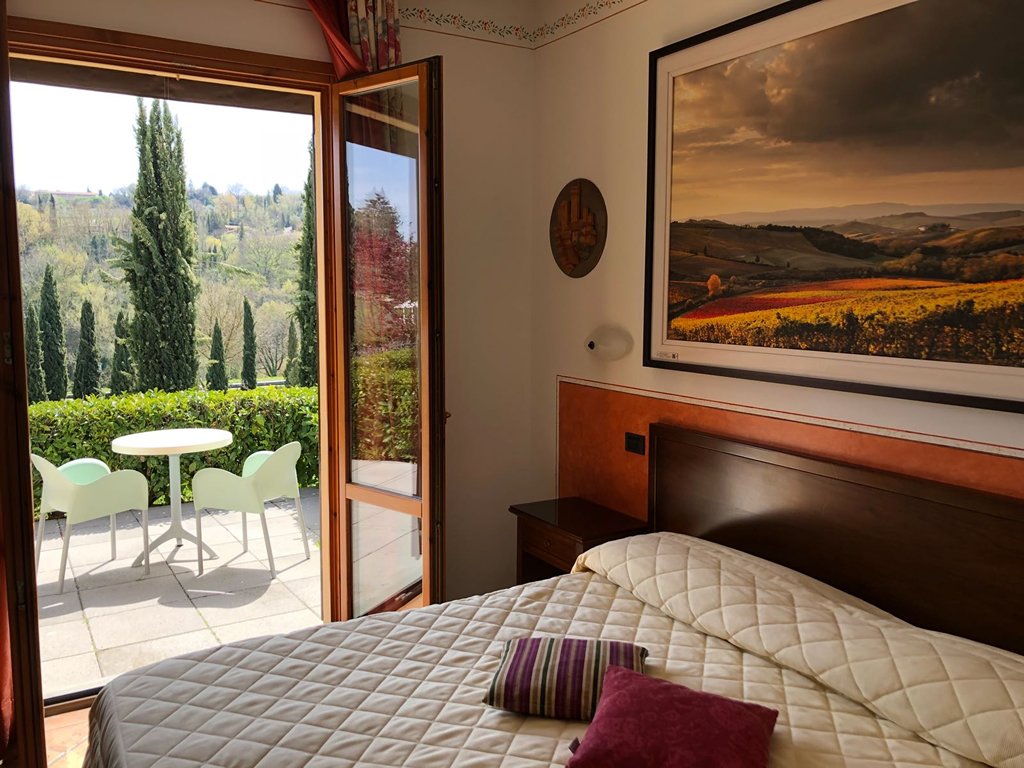 Hotel rooms in San Gimignano Siena accommodation hotel in